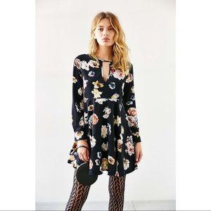 Oh My Love She Loves Tea Flora Dress